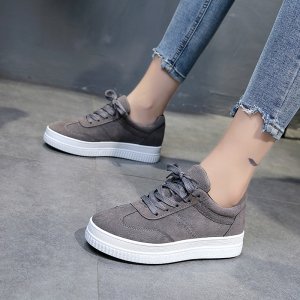 The Fall Of The New Flat Lace Up Shoes - OYSTER 39