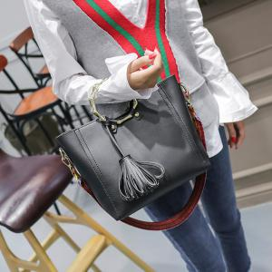 Fashion Simple Shoulder Free Handbag with Tassel -