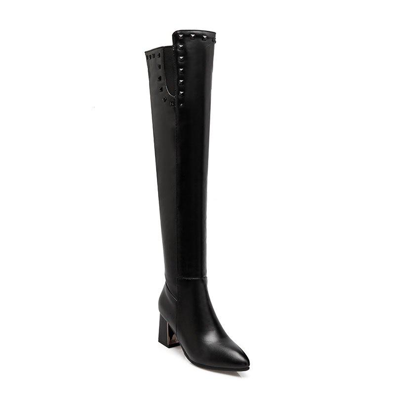 Outfit In Autumn and Winter New Fashionable Medium Thick Heel Boots
