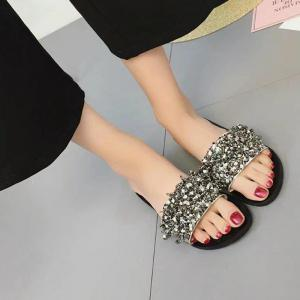 Fashion Rhinestone Flower Flat Bottomed Toe Slippers -