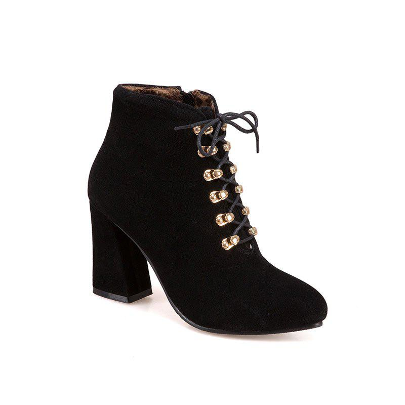 Sale The New Fashion Line Is Studded with High Heels and Women's Boots