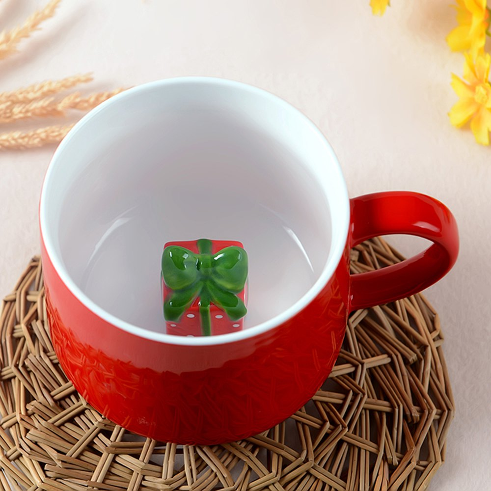400ML Christmas Pottery MugHOME<br><br>Color: COLORMIX; Type: Fruit Juice,Milk,Others,Tea,Water; Material: Ceramics; Color: Green,Others,Red; Package weight: 0.5500 kg; Product weight: 0.4500 kg; Product size (L x W x H): 9.00 x 8.00 x 8.50 cm / 3.54 x 3.15 x 3.35 inches; Package size (L x W x H): 12.00 x 10.00 x 10.00 cm / 4.72 x 3.94 x 3.94 inches; Package Contents: 1 x Mug;