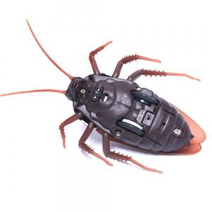 Remote Control Realistic Fake Cockroach RC Prank Toys Insects Joke Scary Trick -