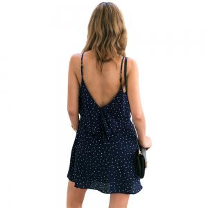 Robe à encolure en V douce à pois et à encolure en V -
