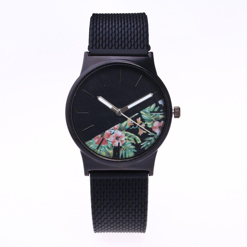Outfit Trendy Simple Silicone Band Women Watch
