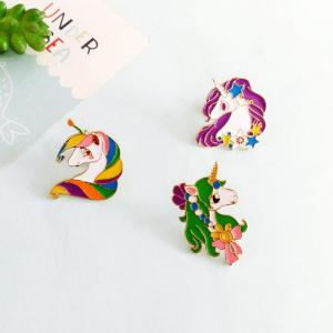 2017 Newest Design Oil Unicorn Alloy Brooch Pin for Christmas Gift -