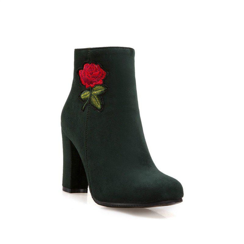 New Round Head Heel High Fashion Embroidery Temperament Short Boots