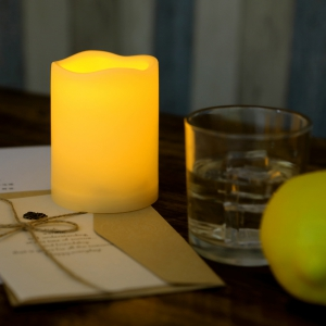 Outdoor Flameless Candle with Timer Plastic Realistic Flickering -