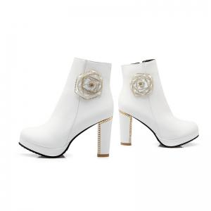 Round Head High Heel Sweet Flower Short Boots -