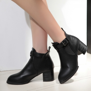 Bottines pointues à bout pointu -