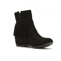 Short Spike with Fashionable Tassels Inside The Round Head -