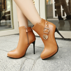Sharp and High Heel Spike Belt Buckle Short Boots -