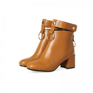 The Square Head Thick Heel with The Vogue Hollowout Short Boots -
