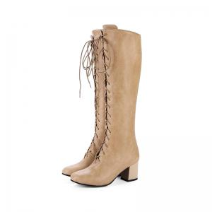Square Head with The Rough and Vintage Lace-Up Boots -