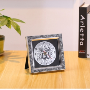 European Fashion Creative Simple Living Room Bedroom Pendulum Clock -