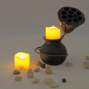 Set of 6pcs Flameless votive candles with top melted edge -