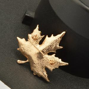 Maple Leaf Brooch Gold Color Brooches Pins Exquisite Collar For Women -