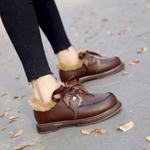 Women Winter Autumn Fashion Casual Bock Thick Low Heel PU Leather Lace Shoes with Fur -