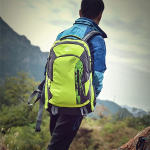 Hongjing Hiking Camping Traveling Large Space Backpack -