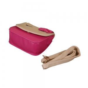Squinting Kindergarten Squint Pussy Bow PU Diagonal Package -
