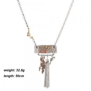 New Vintage Long English Alphabet Alloy Necklace Gold Silver Arrow Pistol Leaf Pendant Necklace Youth Fashion Jewelry -