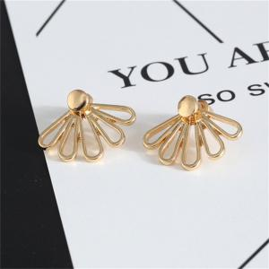 Delicate and Fashionable Lady's Lotus Petal Shaped Ear Nail -