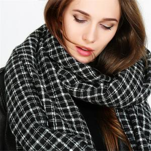Fashion warm and black-and-white Plaid Scarf -