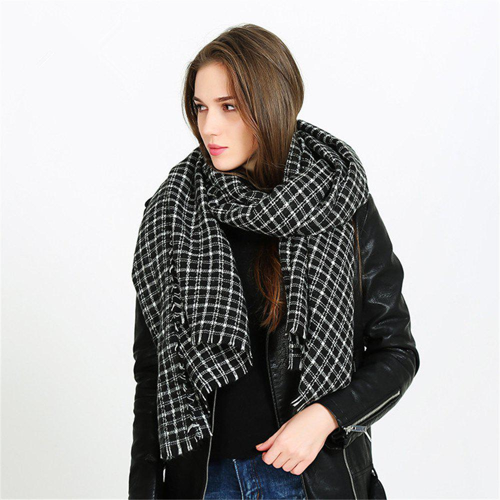 Sale Fashion warm and black-and-white Plaid Scarf