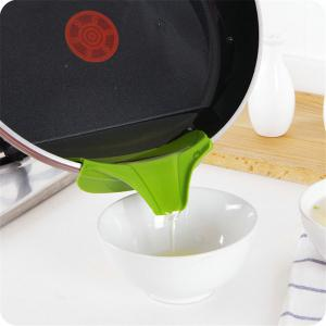 Pot Edge Funnel Creative Useful Silicone Kitchen Tool -
