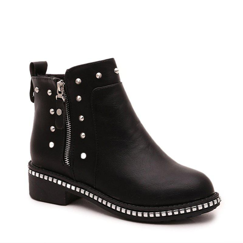 Online Winter Fashion Leisure Round Head Rivet Comfortable Flat Martin Boots