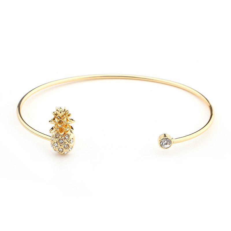 Outfit States Trend of The New Diamond Pineapple Bracelet