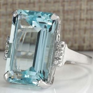 European and American Fashion Sky Blue Gem Engagement Ring -