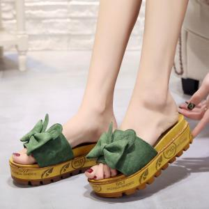 Cool Slippers with Thick Bottom Fashion Flowers -