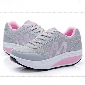 Sports Running Leisure Travel Thick Bottom Swing Shoes -