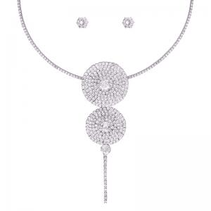 Ensemble de collier en strass -