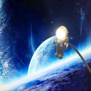 Mini Reading Lamp USB Tube for Computer Laptop PC Notebook Pure White Portable Spaceman Astronaut LED Night Light Adjust -