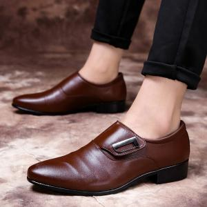 ZEACAVA Men Large Size Pointed Toe Metal Buckle Business Casual Leather Shoes -