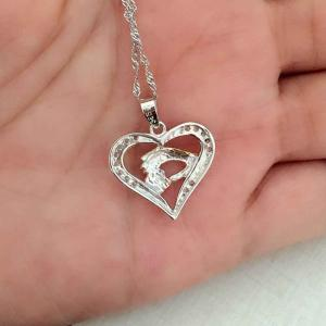 Three Colors Hand in Hand with Heart Collarbone Necklace -