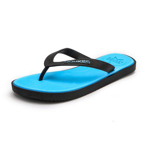 Outfit Comfortable Flat Beach Shoes for Men