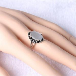 Stylish Personality Black Diamond White Cat Eye Stone Ring Woman -