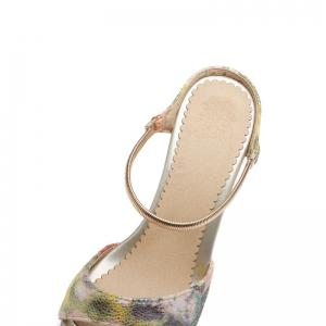 Fine Heel Slippers in Color Printing -