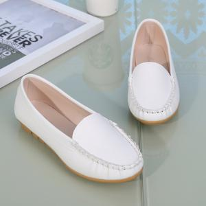 Chaussures plates rondes peu profondes -