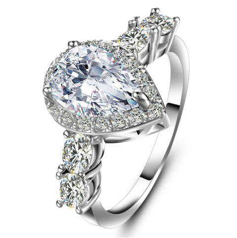 Bague zircon artificielle en forme de diamant