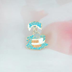 Lovely Bathing Calf Elephant New Jewelry Alloy Coat Badge Brooch Cartoon School -
