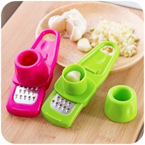 Kitchen Gadget  A Garlic Press 2PCS -