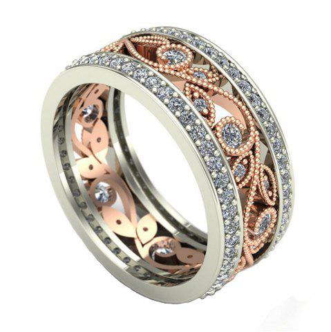 Outfit Two - tone Flower Diamond Ring