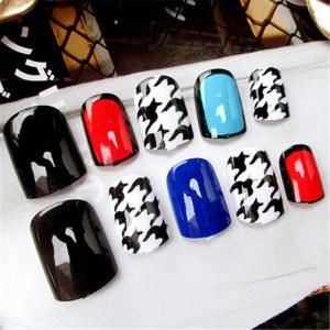 24PCS Classic Fashion Nails -