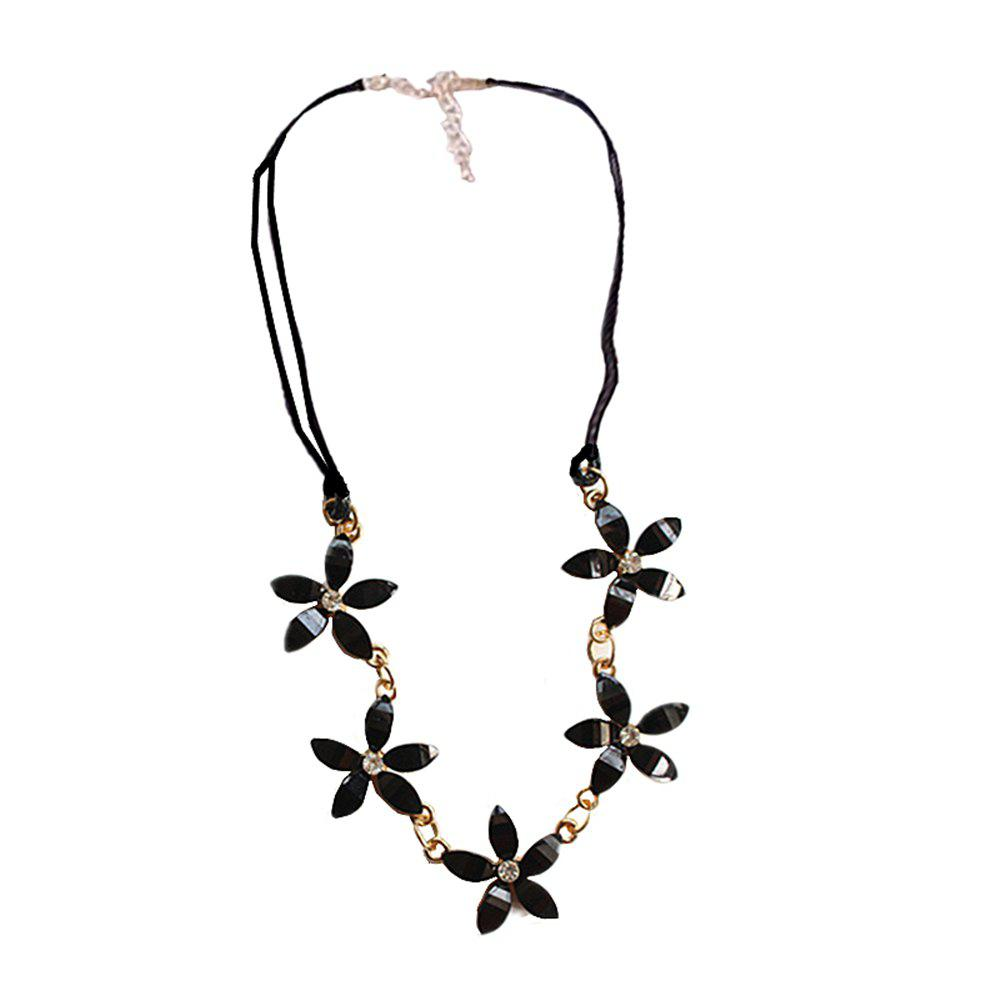 Fancy Fashion Jewelry Gardenia Flower with Five Petals Ladies Necklace Chain Clavicle