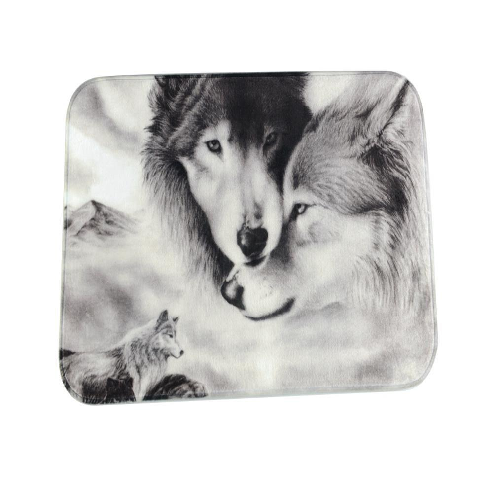Best Couple Wolves Super Soft Non-Slip Bath Door Mat Machine Washable Quickly Drying