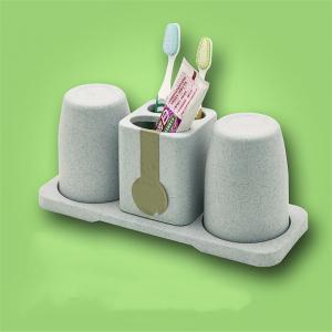 Couples in Bathrooms Gargle Cups and Mouths Brush Toothpaste Frames Toothbrush Holder -